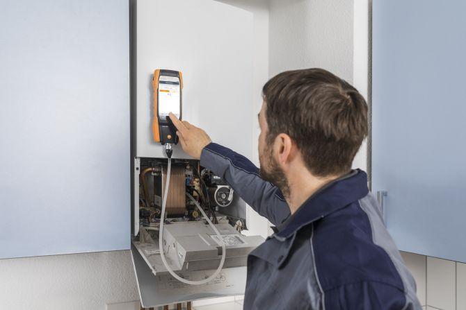 testo 300 Abgasmessung mit Smart-Touch-Technologie